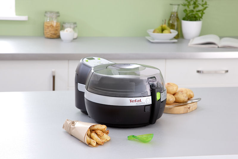 Kitchen top with Tefal ActiFry fryer