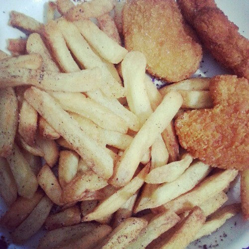 Nuggets and Chips made with Philips AirFryer